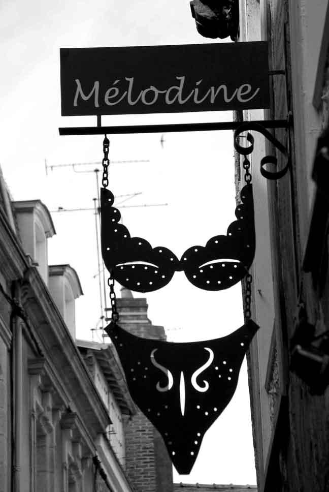 http://loudianou.free.fr/10/bretagne/fin/ville-(6).jpg