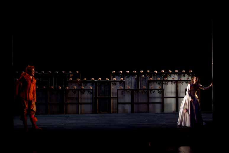http://loudianou.free.fr/10/theatre/fantasio%20(3).JPG