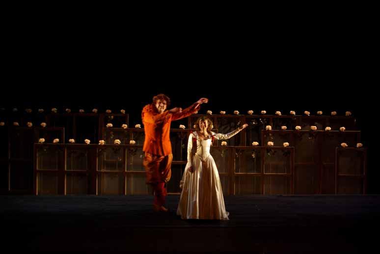 http://loudianou.free.fr/10/theatre/fantasio%20(5).JPG