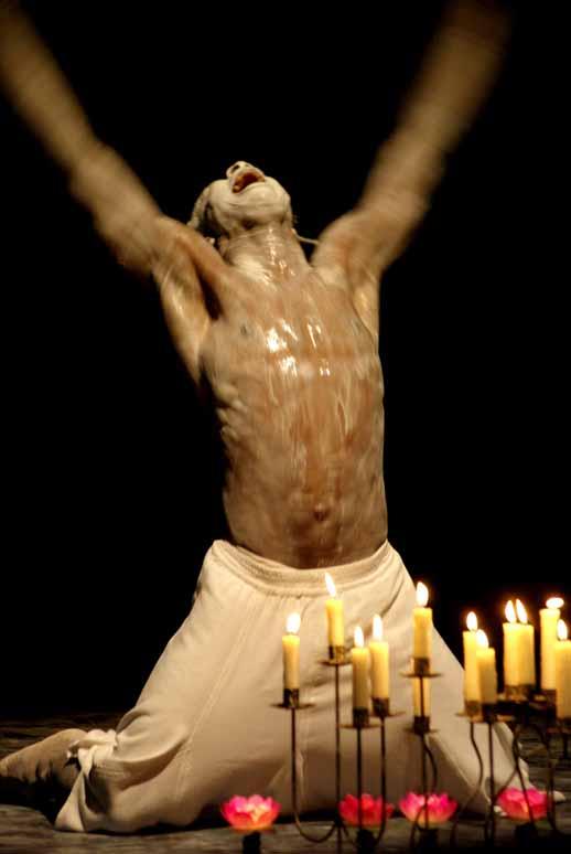 http://loudianou.free.fr/10/theatre/primitives/IMGP0059.jpg